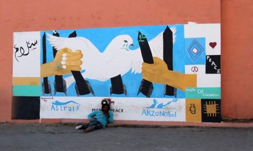 Zdjecie MAROKO / Maroko / gdzieś po drodze / Mural i żular