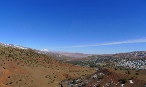 MAROKO / Południowe Maroko  / Atlas Wysoki/ w drodze na przełęcz Tizi n'Tichka / Krajobrazy Atlasu Wysokiego