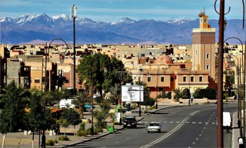 Zdjecie MAROKO / podnóże Atlasu Wysokiego / Ouarzazate / Atlas Wysoki