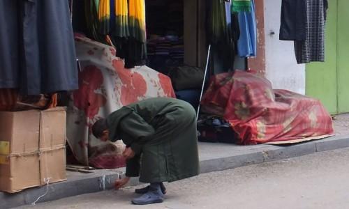 Zdjecie MAROKO / Maroko / gdzieś po drodze / Przyłapane na ulicy