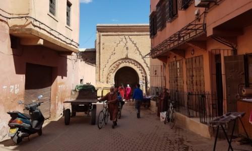 Zdjęcie MAROKO / Południe / Marrakesz / W medinie