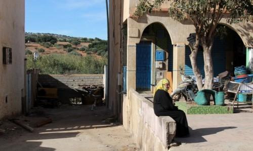 Zdjecie MAROKO / Maroko / gdzieś po drodze / Pierwsza w kolejce