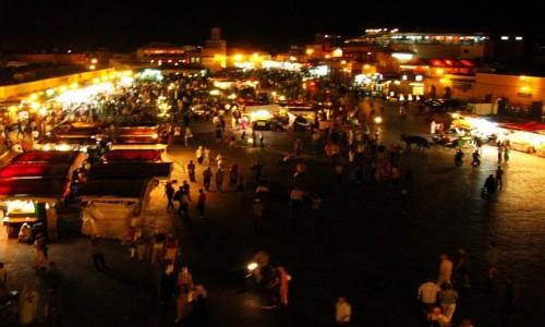Zdjęcie MAROKO / Marrakesz / Dżama el-Fna / Plac Dżama el-Fna wieczorem
