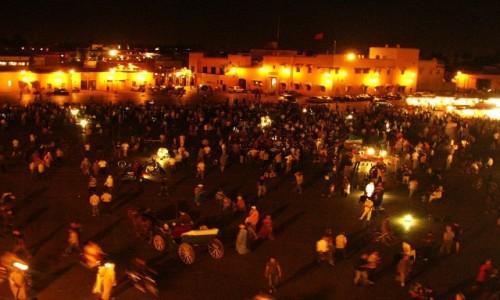 Zdjecie MAROKO / Marrakesz / Dżama el-Fna / wieczór na Dżama el-Fna