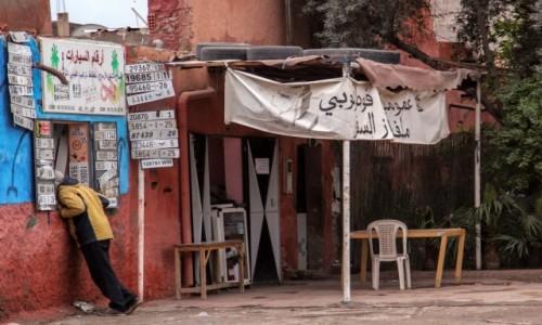 Zdjecie MAROKO / Maroko / gdzieś po drodze / Co tu dają?