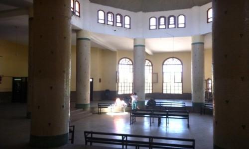 Zdjecie MAROKO / Meknes-Północne Maroko / Dworzec autobusowy / Autobusem w Ramadanie