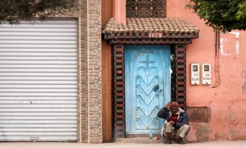Zdjecie MAROKO / Maroko / gdzieś po drodze / Lunch przed domem