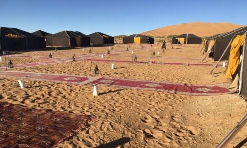 MAROKO / Południe Maroka / Sahara / Marokańska pustynia - obóz na pustyni