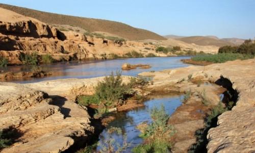 Zdjęcie MAROKO / Kulmim-Asmara / ruiny starego fortu / Bou Jerif