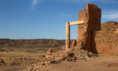 Zdjecie MAROKO / Tan-Tan, Guelmin - Es-Semara / Tafnidilt / Ruiny fortu