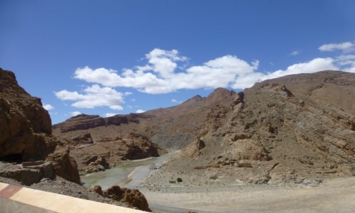 Zdjecie MAROKO / centrum kraju / Góry Atlas / kanion