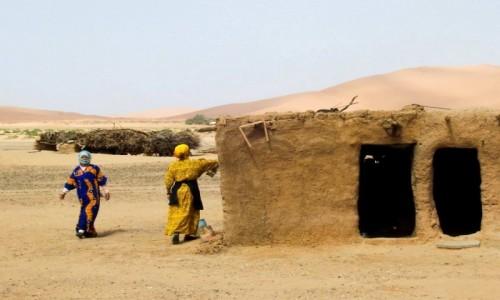 Zdjecie MAROKO / Merzouga / Sahara / Jest taki dom