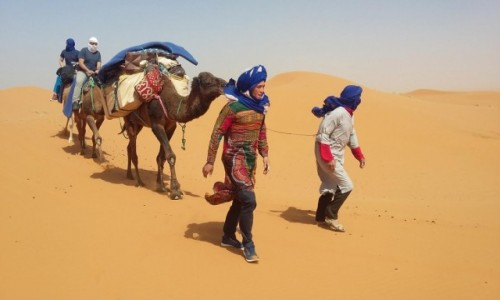 Zdjecie MAROKO / Sahara / Merzouga / W drodze do obozowiska