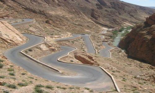 Zdjecie MAROKO / brak / gdzies w drodze na Gorges du Dades du Todhra / marokanskie drogi