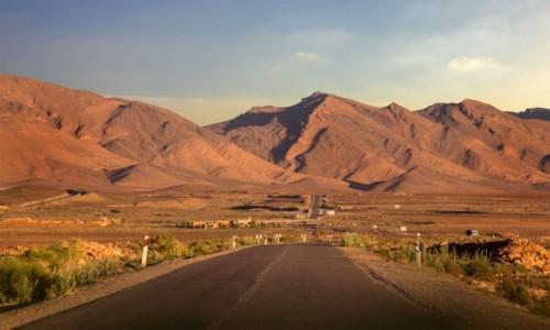 Zdjecie MAROKO / Maroko / gdzieś po drodze / Asfaltowa droga