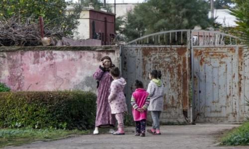 Zdjecie MAROKO / Maroko / gdzieś po drodze / Przed domem