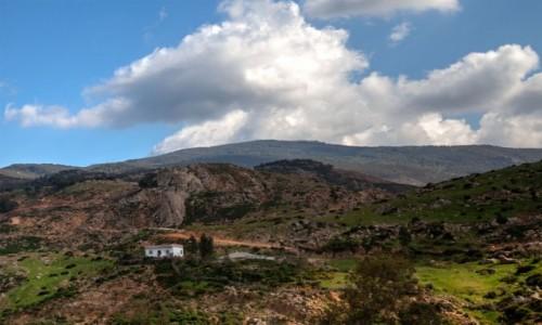 MAROKO / Maroko / gdzieś po drodze / Widoczek z chmurką