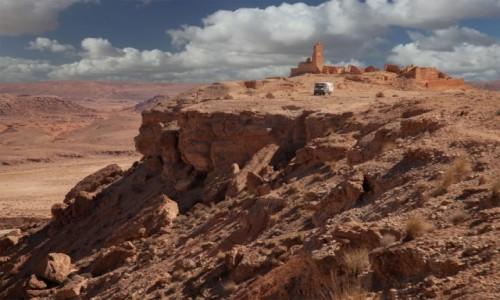 Zdjecie MAROKO / Fès-Meknès / Sidi Boutayeb / Fort nad ouedem Azinous