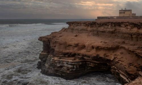 Zdjecie MAROKO / Laâyoune-Sakia El Hamra  / nad Atlantykiem / Grotte d'Akhfenir
