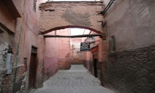 Zdjecie MAROKO / Marrakesz / Medina / Uliczka w Medinie