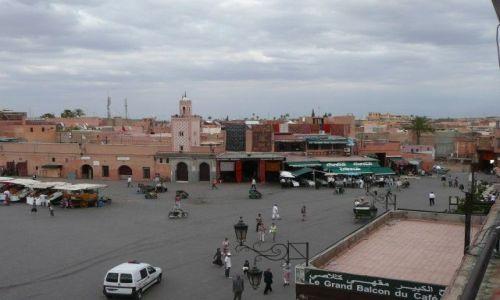 Zdjecie MAROKO / Marrakesz / Marrakesz / D�emaa el-Fna