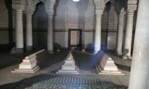 Zdjecie MAROKO / Marrakesz / Marrakesz / Grobowce Saadyt