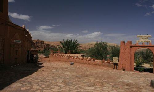 Zdjecie MAROKO / Ouarzazate / Ait ben Haddou / Okolice kazby A