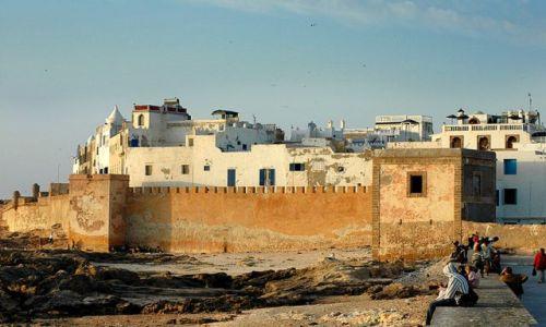Zdjecie MAROKO / nad oceanem / Essauira / mury Essauiry- zachód słońca