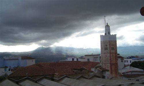 Zdjecie MAROKO / Góry Rif / Szefszawan / chmury