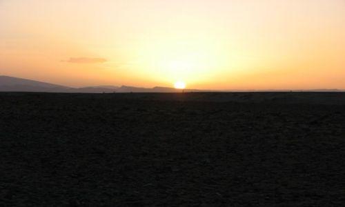 Zdjęcie MAROKO / desert / pośród piasków / zachód słońca nr 1299:)