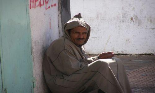 Zdjecie MAROKO / Tiznit / na ulicy / Twarze Maghrebu