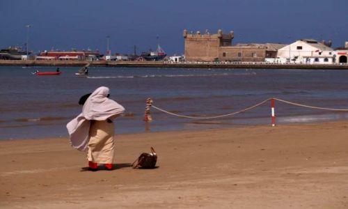 Zdjecie MAROKO / brak / Essaouira / Na plaży...