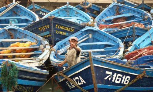Zdjecie MAROKO / brak / Essaouira / rybak