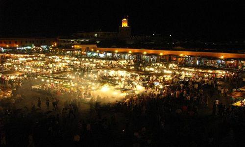 Zdjęcie MAROKO / Dżamaa el - Fna / Marrakesz / wieczór