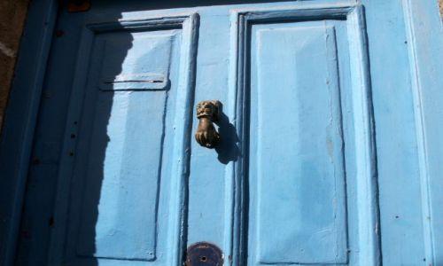 Zdjecie MAROKO / - / Essaouira / drzwi 1