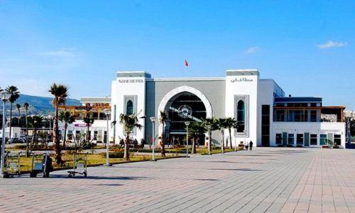 Zdjecie MAROKO / Fès-Boulemane / Fes / Reprezentacyjny dworzec PKP