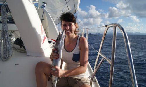 Zdjęcie MARTYNIKA (FRANCJA) / -Karaiby / Martynika / Dama z rybką