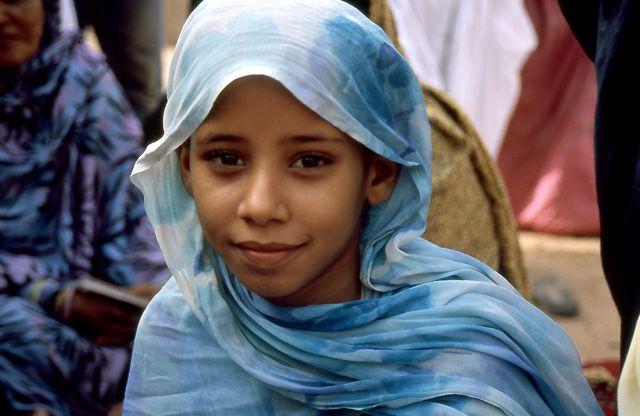Zdjęcia: oaza Teizent, masyw Adraru, dziewczynka z oazy, MAURETANIA