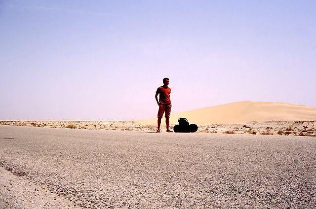 Zdj�cia: okolice Nouadhibou, w oczekiwaniu na okazj� do granicy z Sahar� Zach., MAURETANIA