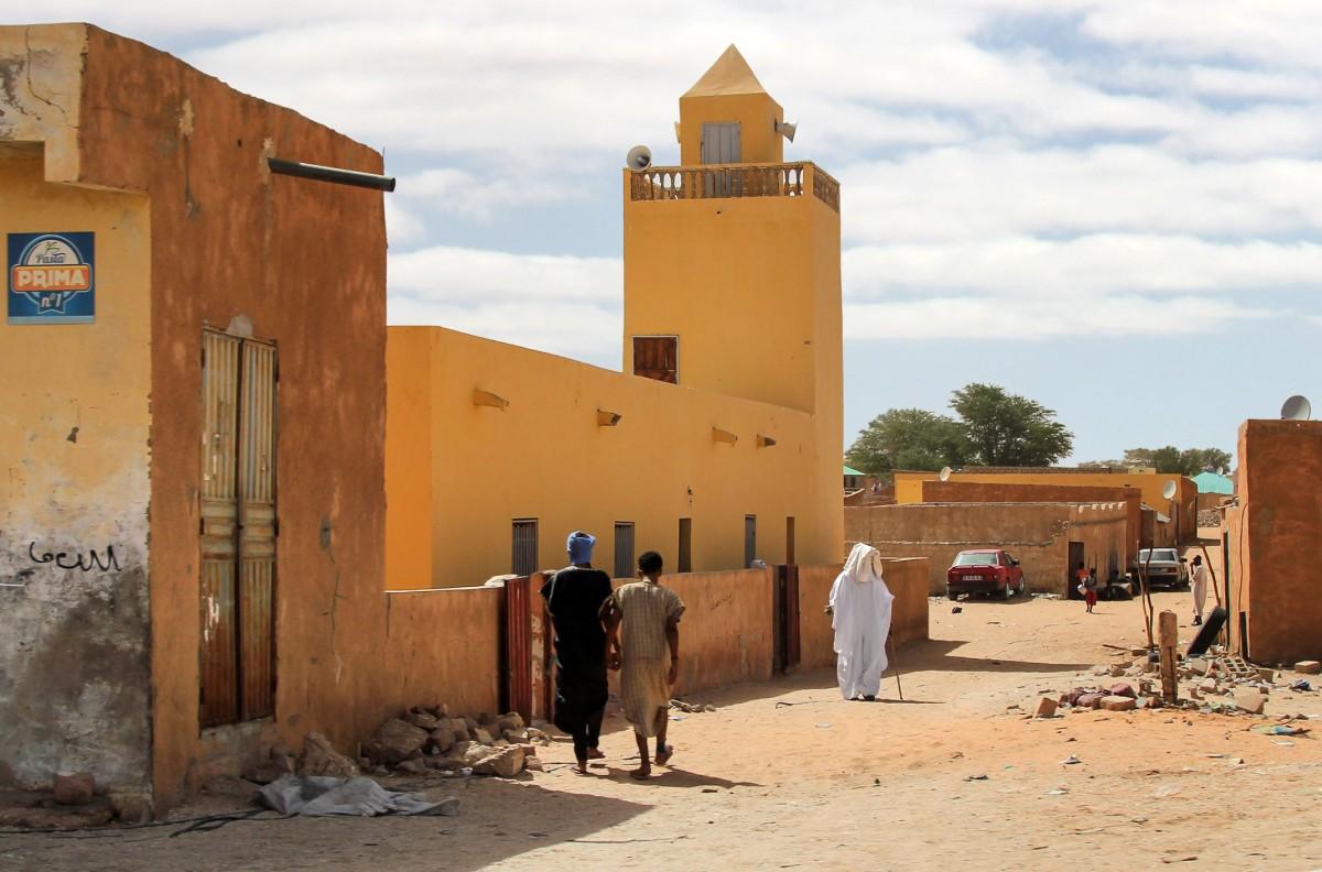 Zdjęcia: gdzieś po drodze,  Nouakchott, Droga do meczetu, MAURETANIA