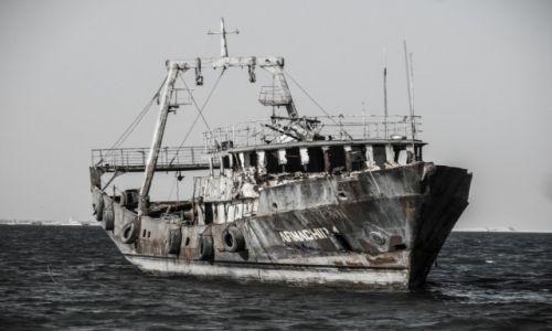 Zdjęcie MAURETANIA / Nouadhibou / plaza / mroczne widmo