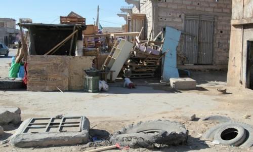 Zdjecie MAURETANIA / Sahel / Sahel / Podwórko przy ulicy