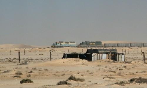 Zdjęcie MAURETANIA /  Dachlat Nawazibu / Nawazibu / Najdłuższy pociąg świata
