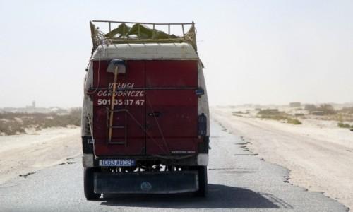 Zdjecie MAURETANIA / Sahara / gdzieś po drodze / Tam chyba interesu nie zrobi...