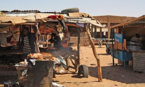Zdjęcie MAURETANIA / Nawakszut / dzielnica handlowa / Same pyszności