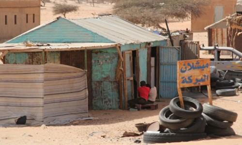 MAURETANIA / Mauretania / gdzieś po drodze / Wulkanizator