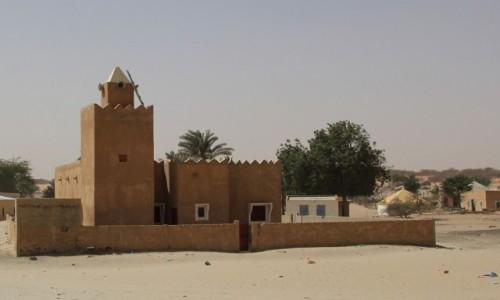 Zdjecie MAURETANIA / Mauretania / gdzieś po drodze / Meczecik w wiosce