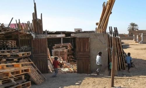 Zdjecie MAURETANIA / Nawakszut / dzielnica handlowa / Producenci sprzętów drewnianych