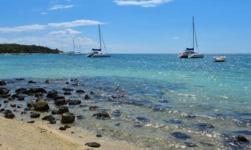 Zdjecie MAURITIUS / wchodnie wybrzeże / Trou d'Eau Douce / W zatoce