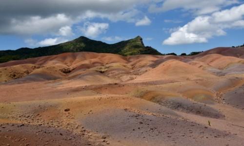 Zdjęcie MAURITIUS / zachodnie wybrzeże / Chamarel / Kolorowa ziemia z Chamarel